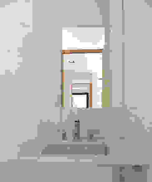 Baños de estilo  por jose m zamora ARQ