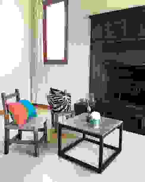 Interiorismo en Santa Bárbara: Livings de estilo  por CLC Arquitectura & Diseño de Interiores