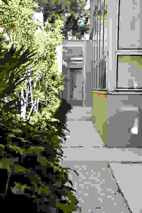 Pinheiros Jardines de estilo moderno de Camila Vicari Arquitetura da Paisagem Moderno