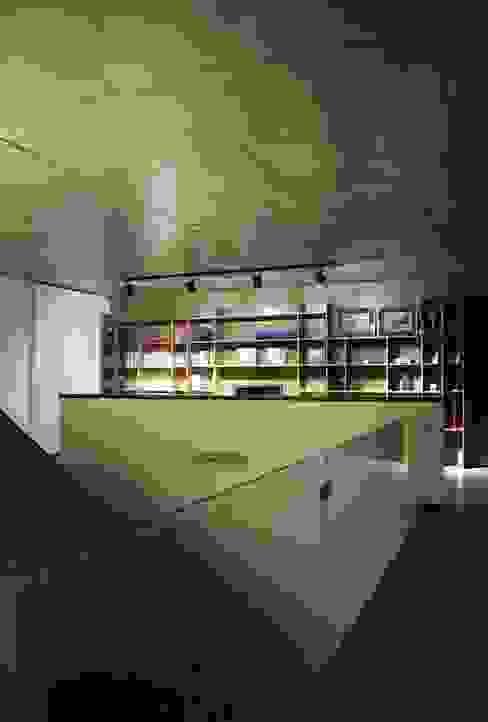 Casas de estilo clásico de Estudio Cavadini Clásico