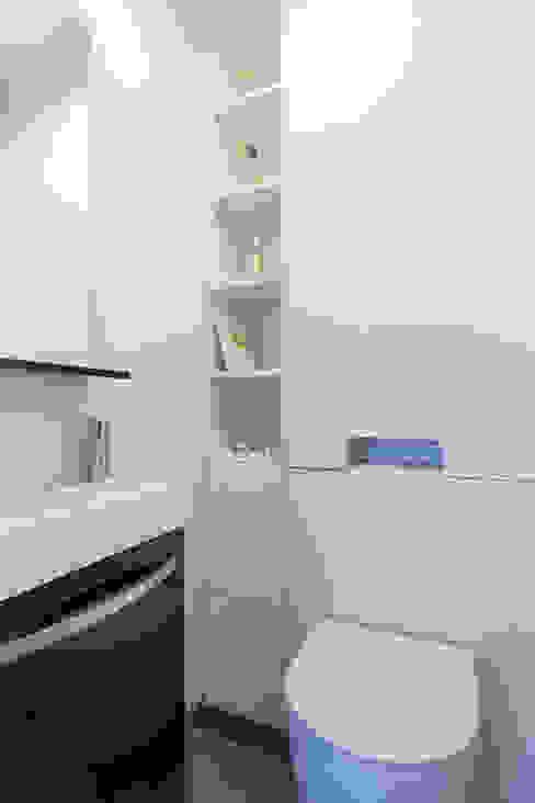 Toilettes par Agence Manuel MARTINEZ