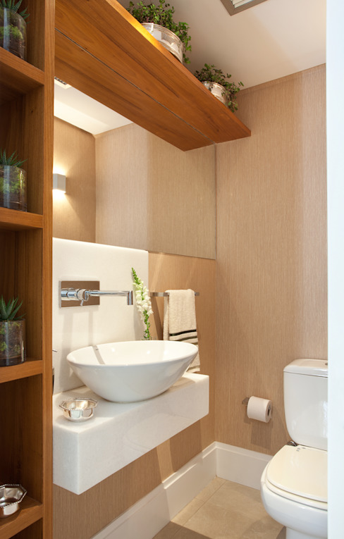 Modern style bathrooms by Silvana Lara Nogueira Modern