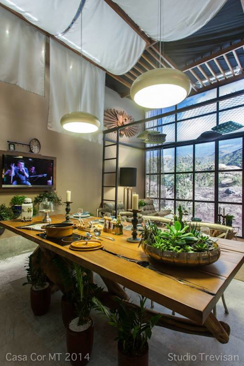 Modern dining room by KAMPAI ARQUITETURA Modern