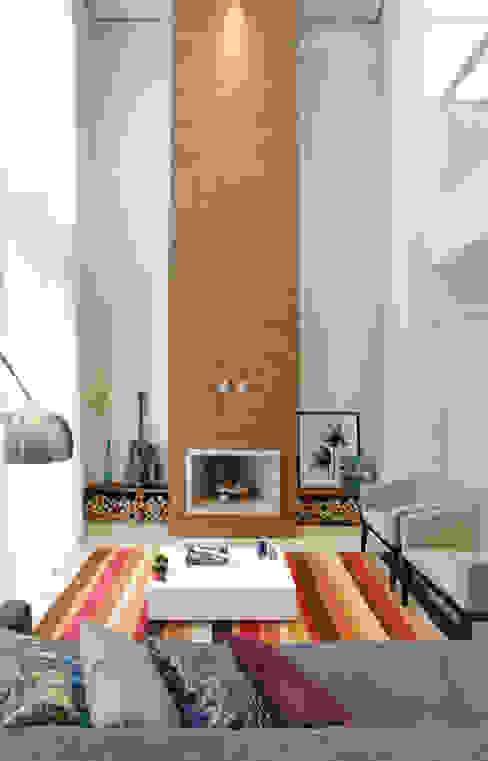 Casa B&D Salas de estar modernas por Híbrida Arquitetura, Engenharia e Construção Moderno