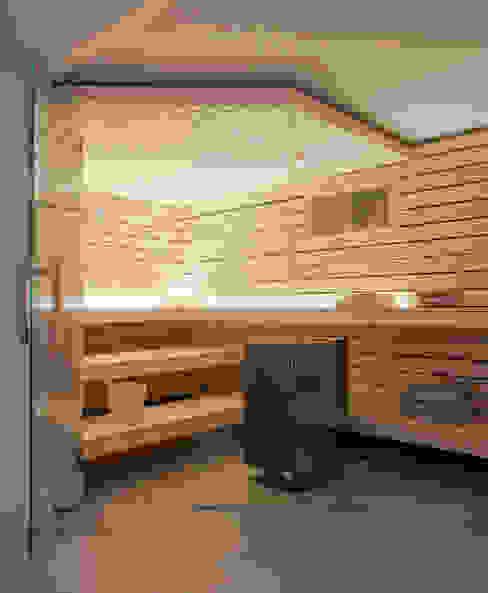 Design-Sauna mit Glasfront von corso sauna manufaktur gmbh Modern Holz Holznachbildung