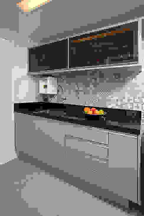 Projeto Cozinhas modernas por contato160 Moderno