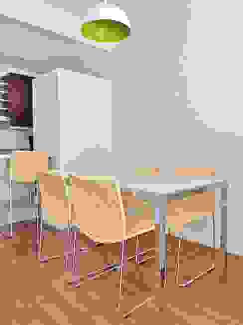 Modern Dining Room by Vy Interior Design Modern