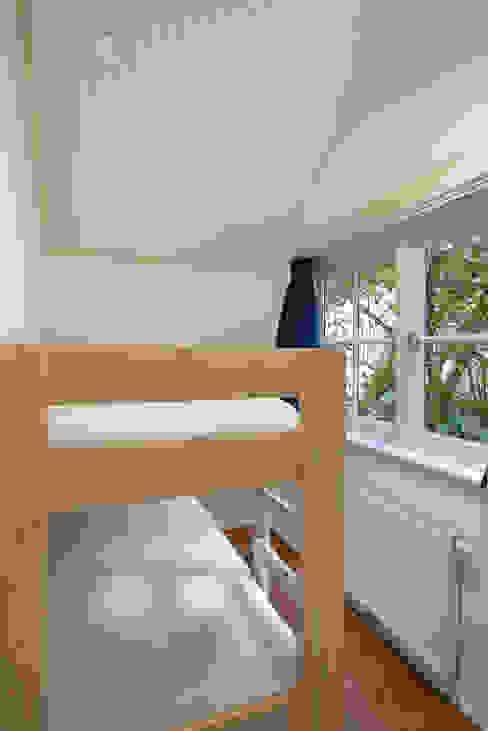 Projekty,  Sypialnia zaprojektowane przez Architectenbureau Vroom,