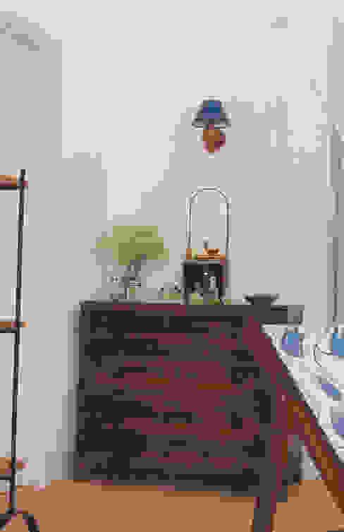 Chambre rustique par Stoc Casa Interiores Rustique