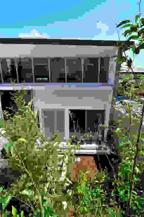 Garden by 株式会社長野聖二建築設計處