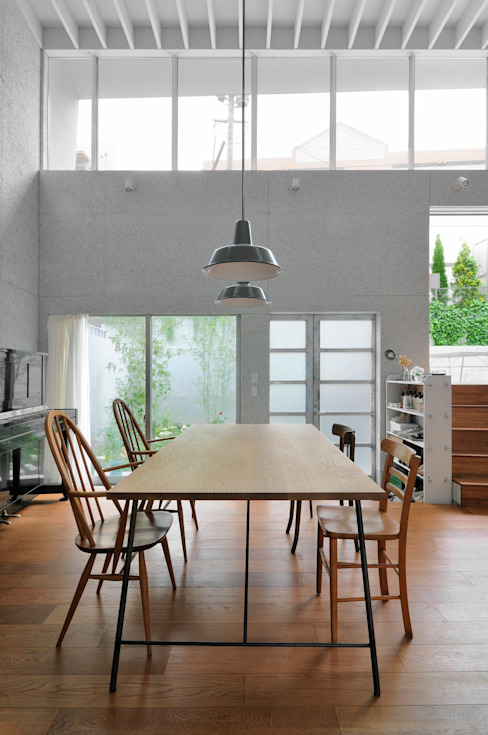 Dining room by 株式会社長野聖二建築設計處