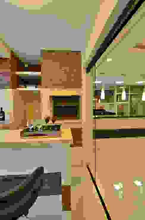 Cocinas de estilo rústico de Graça Brenner Arquitetura e Interiores Rústico Cerámico
