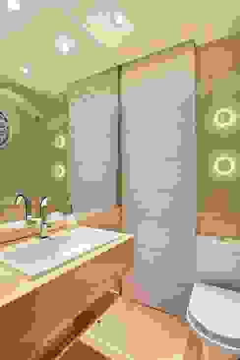 APM INTERIORES Classic style bathroom