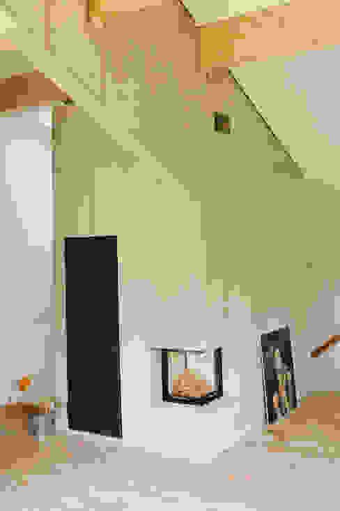 Modern Study Room and Home Office by vonMeierMohr Architekten Modern