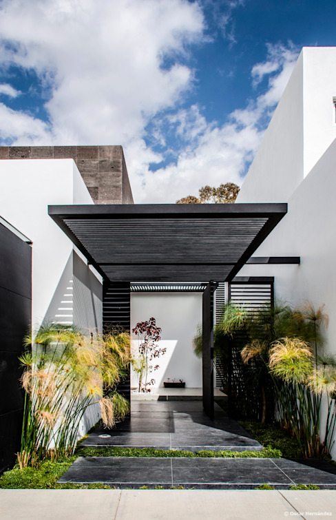 Front doors by BAG arquitectura,