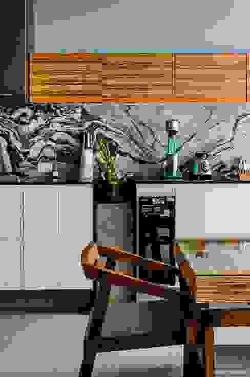 Dapur oleh BAG arquitectura, Modern Granit
