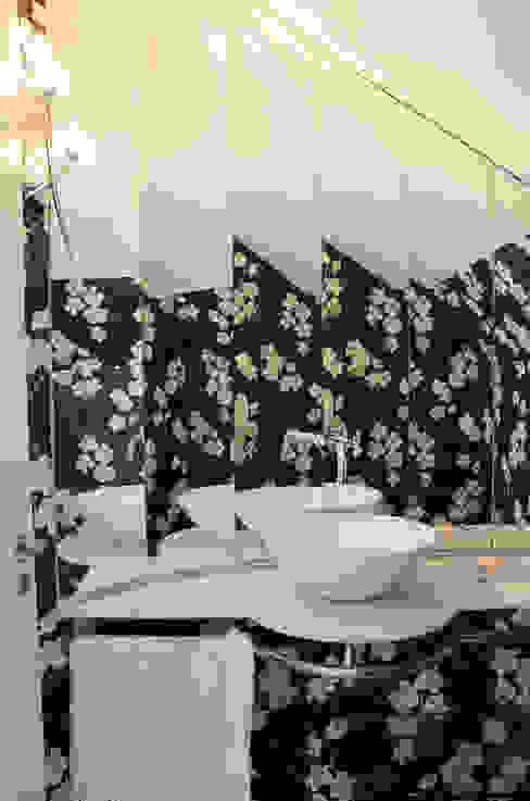 Residência SSC Banheiros modernos por A/ZERO Arquitetura Moderno