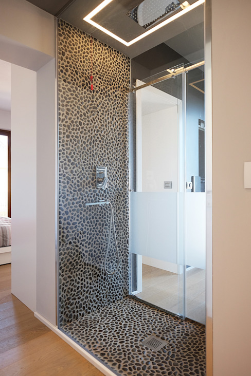 Modern style bathrooms by Luca Mancini | Architetto Modern