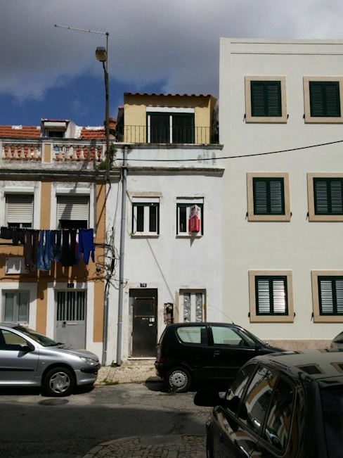 Before and after! Small Building renovation, interior and exterior remodeling. Lisbon/Portugal Oleh Alma Prima Construções,Lda.