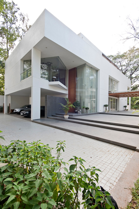 Private Residence, Koregaon Park, Pune Minimalist houses by Chaney Architects Minimalist