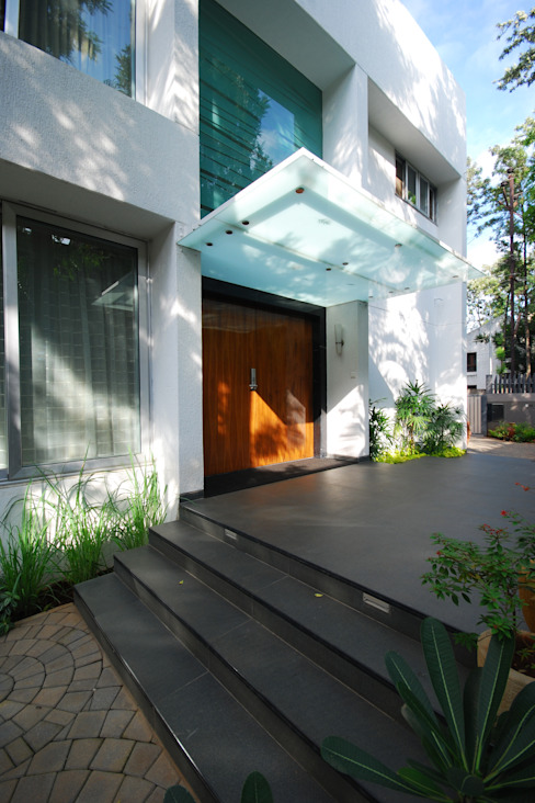 Private Residence at Sopan Baug, Pune Minimalist house by Chaney Architects Minimalist
