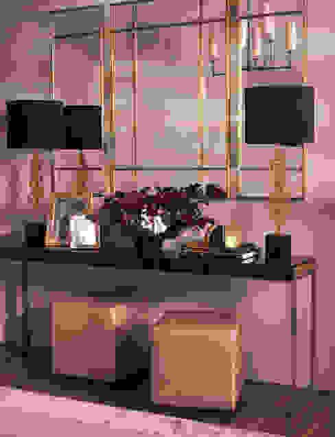 Metropolitan Luxe - Hallway: modern  by LuxDeco, Modern
