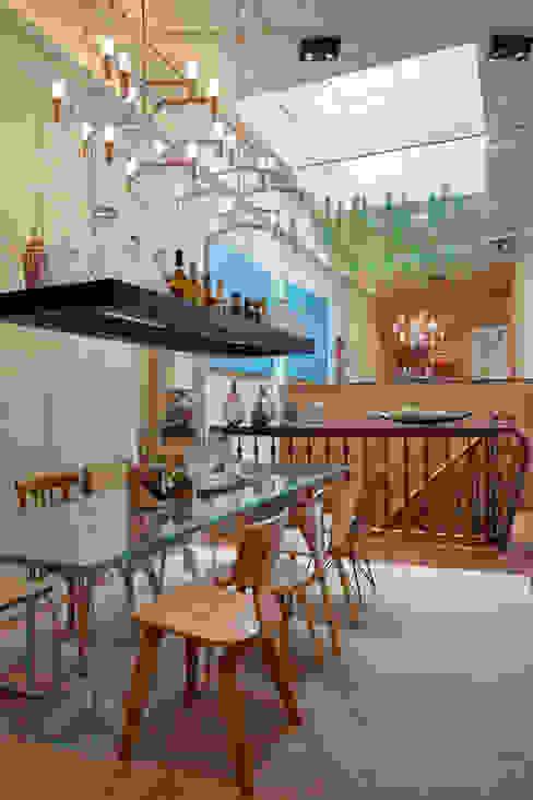 Eclectische eetkamers van Estúdio Barino | Interiores Eclectisch