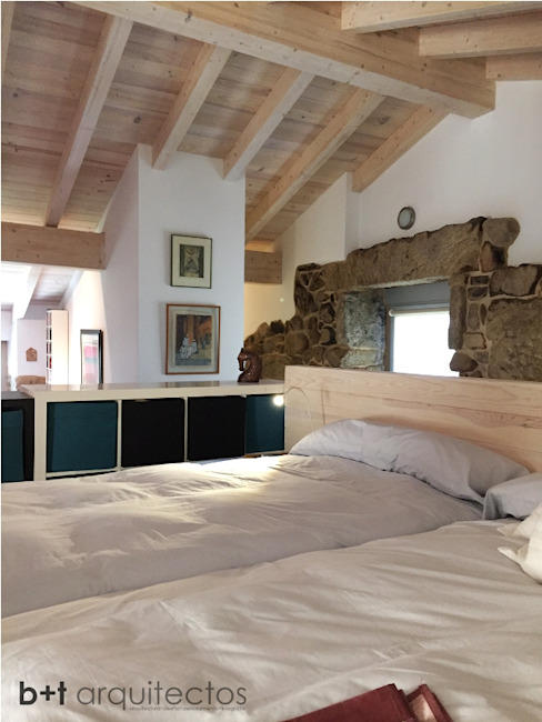 Country style bedroom by b+t arquitectos Country