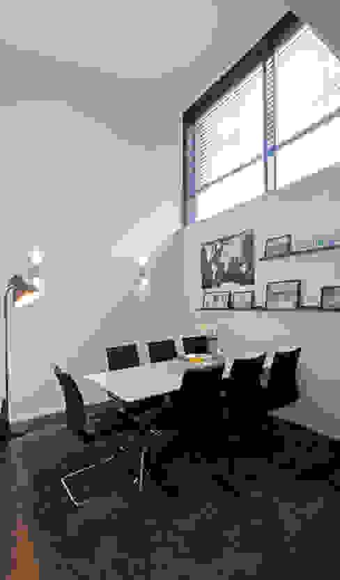 Dining room by Schiller Architektur BDA