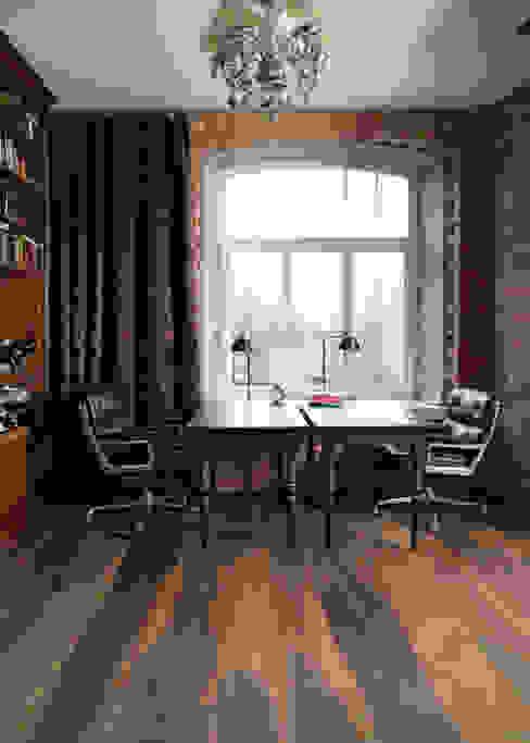 Стены и пол в рустикальном стиле от Rochene Floors Рустикальный Дерево Эффект древесины