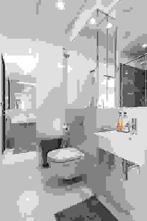 Bathroom by Michał Młynarczyk Fotograf Wnętrz,