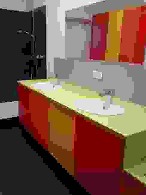 de Möbel Graf GmbH Ecléctico Derivados de madera Transparente