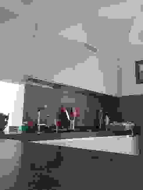 Кухня в стиле модерн от Marcello Buffa Architetto Модерн