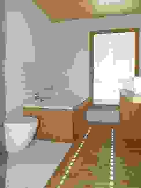 SDS Moderne Badezimmer von ewaa Modern