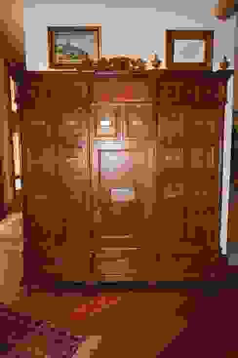 GRUPO CATA Living room Wood Wood effect