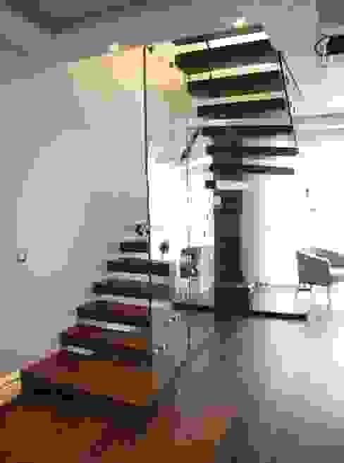 Modern corridor, hallway & stairs by Visal Merdiven Modern