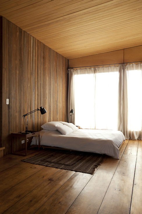 Country style bedroom by Arquitecto Alejandro Sticotti Country