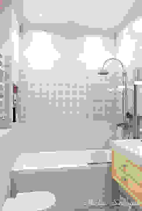 Marina Sarkisyan Eclectic style bathrooms