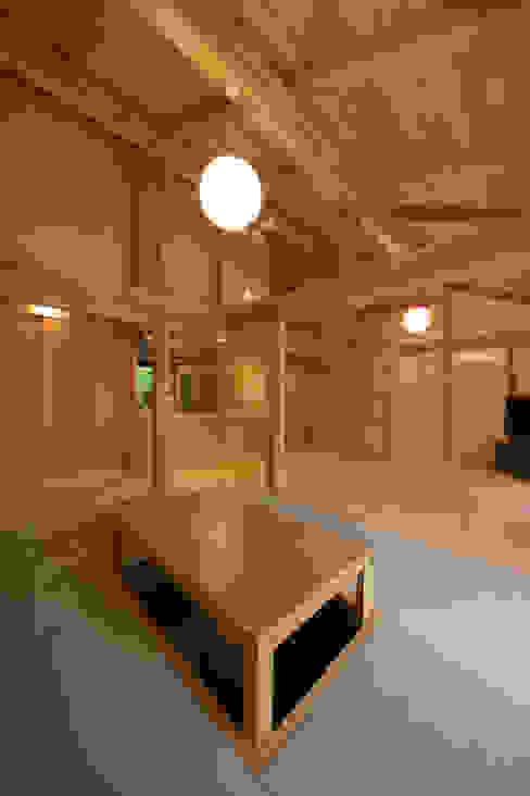 自然ある暮らしを楽しむ家 クラシカルな 家 の エニシ建築設計事務所 クラシック