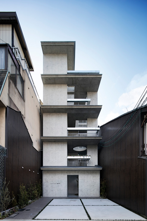 Casas modernas de 株式会社 藤本高志建築設計事務所 Moderno Concreto