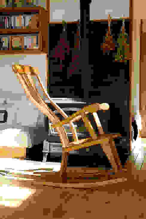 ロッキング チェアーB: 木工房ばおばぶが手掛けた折衷的なです。,オリジナル 木 木目調