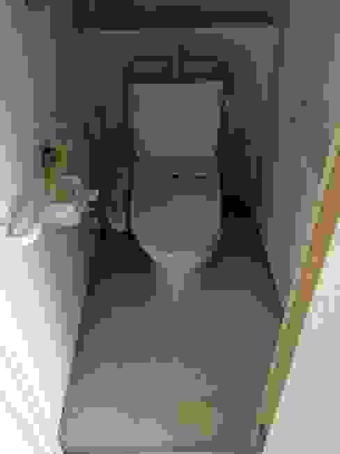 WC | 工事前 オリジナルスタイルの お風呂 の FRCHIS,WORKS オリジナル