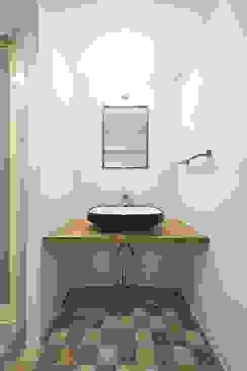 洗面台 | 工事後 オリジナルスタイルの お風呂 の FRCHIS,WORKS オリジナル