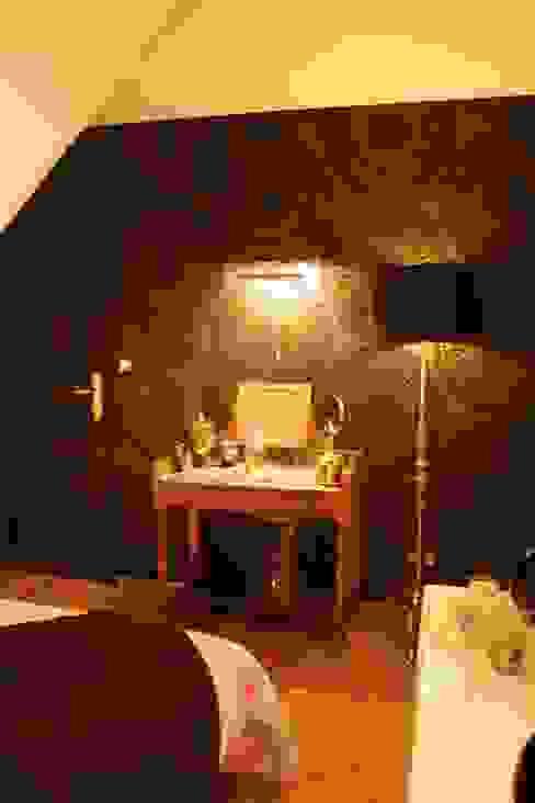 Transformation d'une chambre d'enfant en chambre parentale Liza Badet _ Architecte d'intérieur Chambre moderne