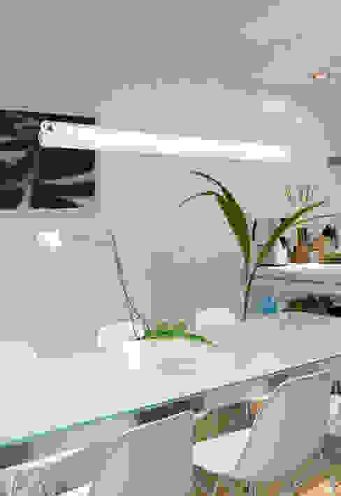 Espaço luz Salas de jantar modernas por Espaço luz Lda. Moderno