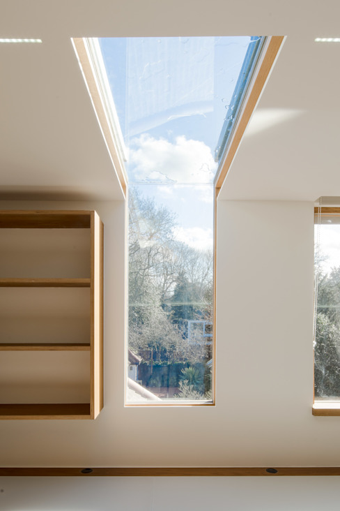 Finchley loft conversion Modern study/office by Satish Jassal Architects Modern