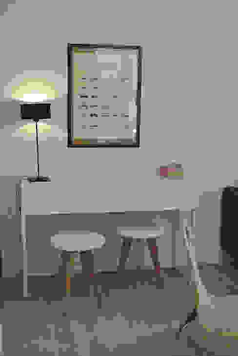Appartements Fonctionnels Bureau minimaliste par Clémence Haure Minimaliste