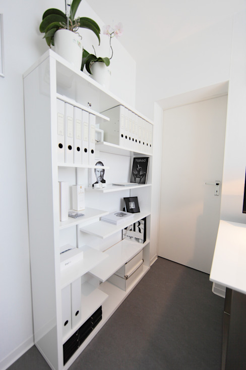 nadine buslaeva interior design의  서재 & 사무실, 미니멀