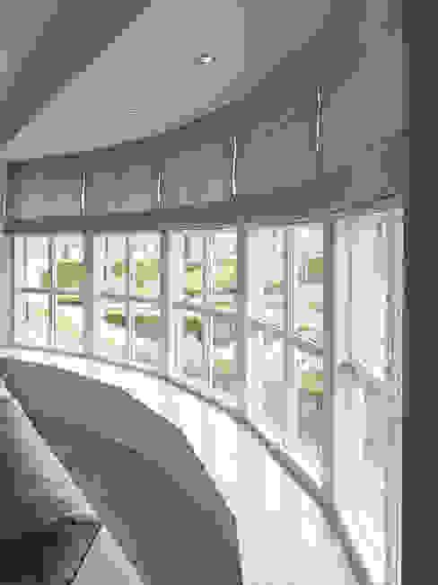 Ventanas de estilo  por Designa Interieur & Architectuur BNA, Rústico