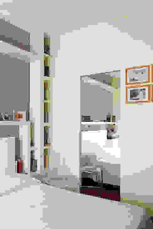 Camera matrimoniale PARIS PASCUCCI ARCHITETTI Camera da letto moderna